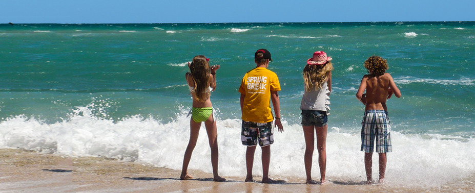 Puerto Peñasco offers many and exciting activities for the whole family to enjoy – from fun at the beach, to many water activities, exploring the Pinacate Biosphere Reserve and discovering its craters and lava flow formations, hiking to the largest moving sand dune formations in North America, or getting to[...]